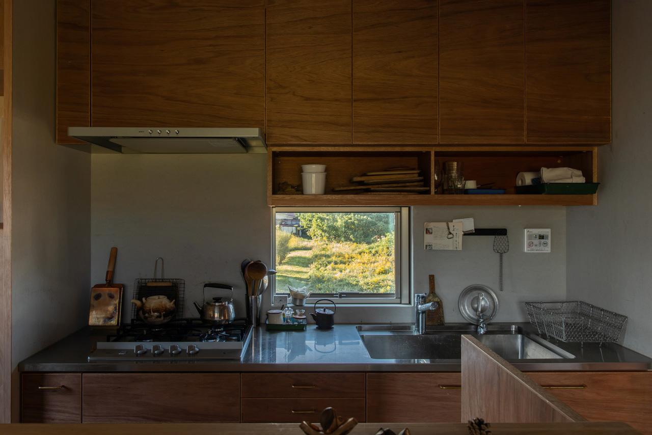 美草・いわせ整体 + 米原の住宅 (新築)