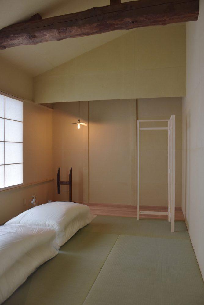 a day in khaki 室町 (町家改修)